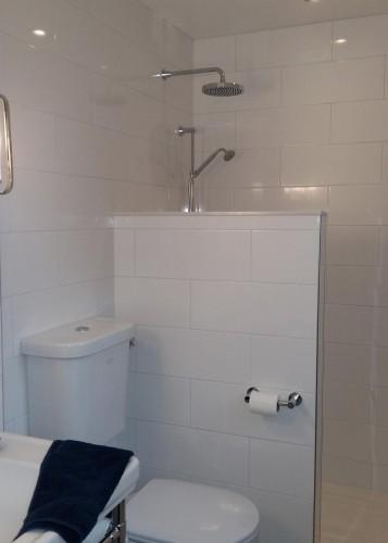 seilings-floors-bathroom-walk-in-shower-renovation-kitchener-waterloo