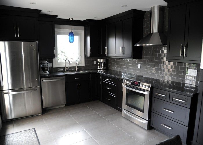 seilings-floors-kitchen-backsplash-renovation-kitchener-waterloo